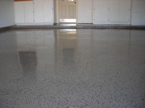 Vinyl chip epoxy on residential garage floor
