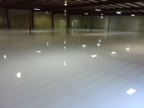 100% solids epoxy protective coating in distribution warehouse
